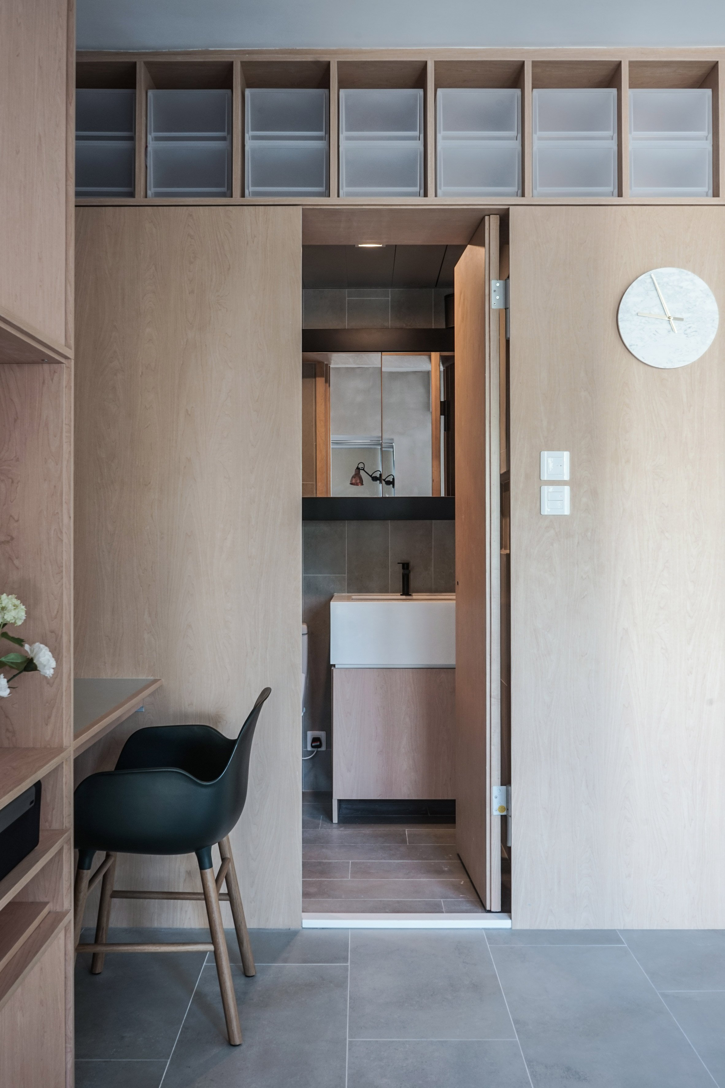 kevin-apartment-jaak-hong-kong-bathroom-humble-homes