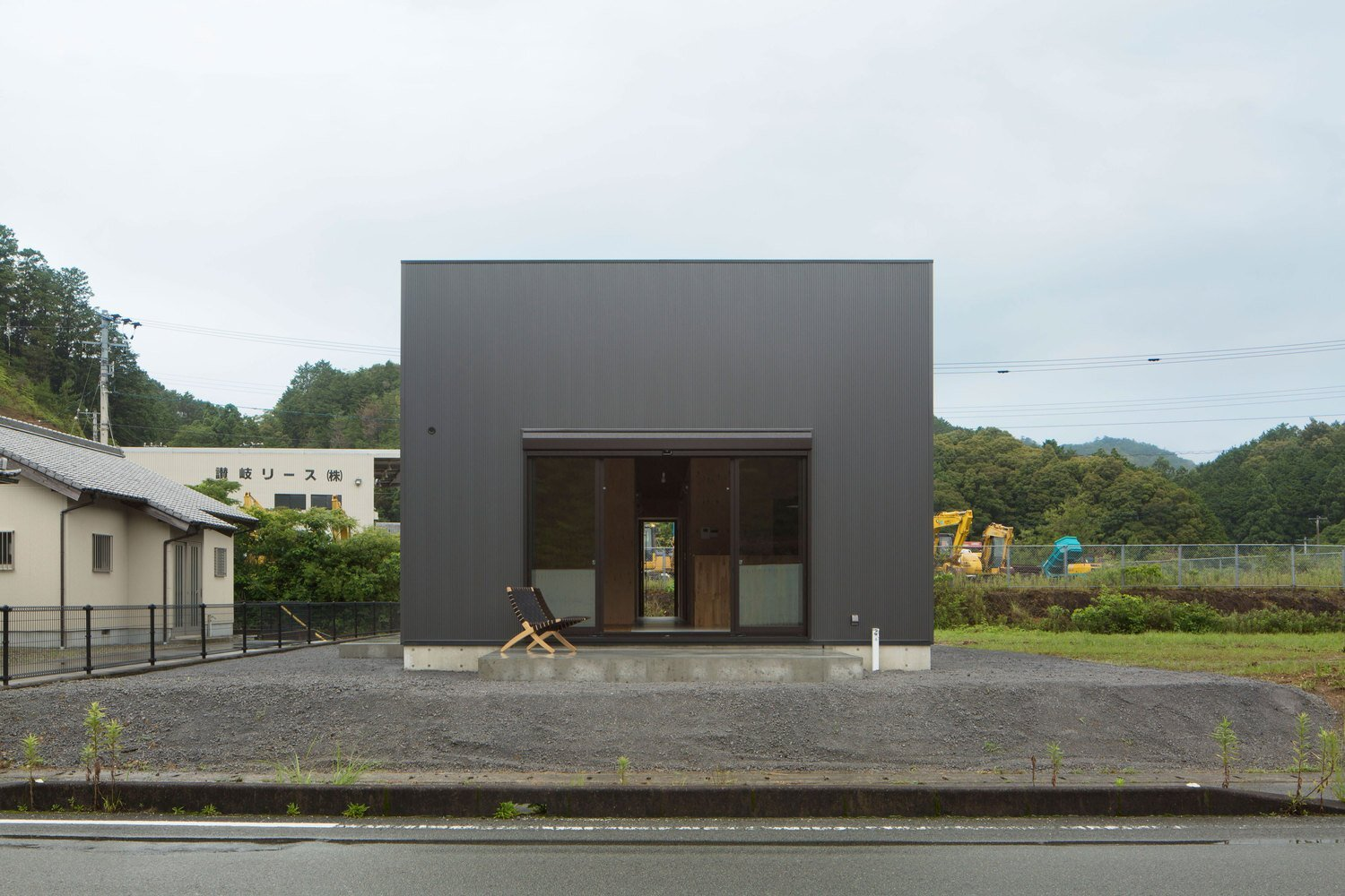 loft-house-capd-japan-exterior-humble-homes