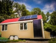 solar-powered-tiny-house-habitations-microevolution-quebec-exterior-humble-homes