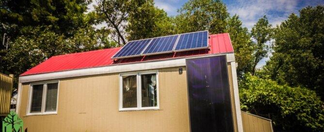 solar-powered-tiny-house-habitations-microevolution-quebec-exterior-humble-homes
