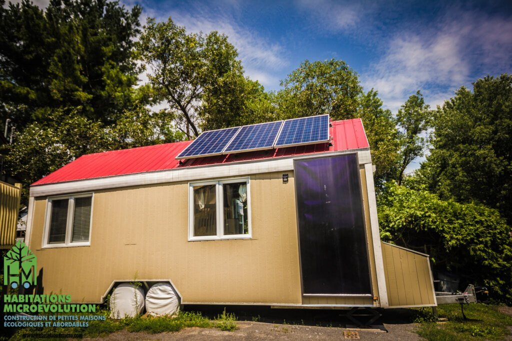 Solar Powered Tiny House in Quebec Has a Winter Heating Bill of
