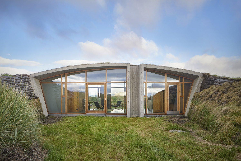 Garður Landhouse - Studio Granda - Iceland - Exterior 2 - Humble Homes