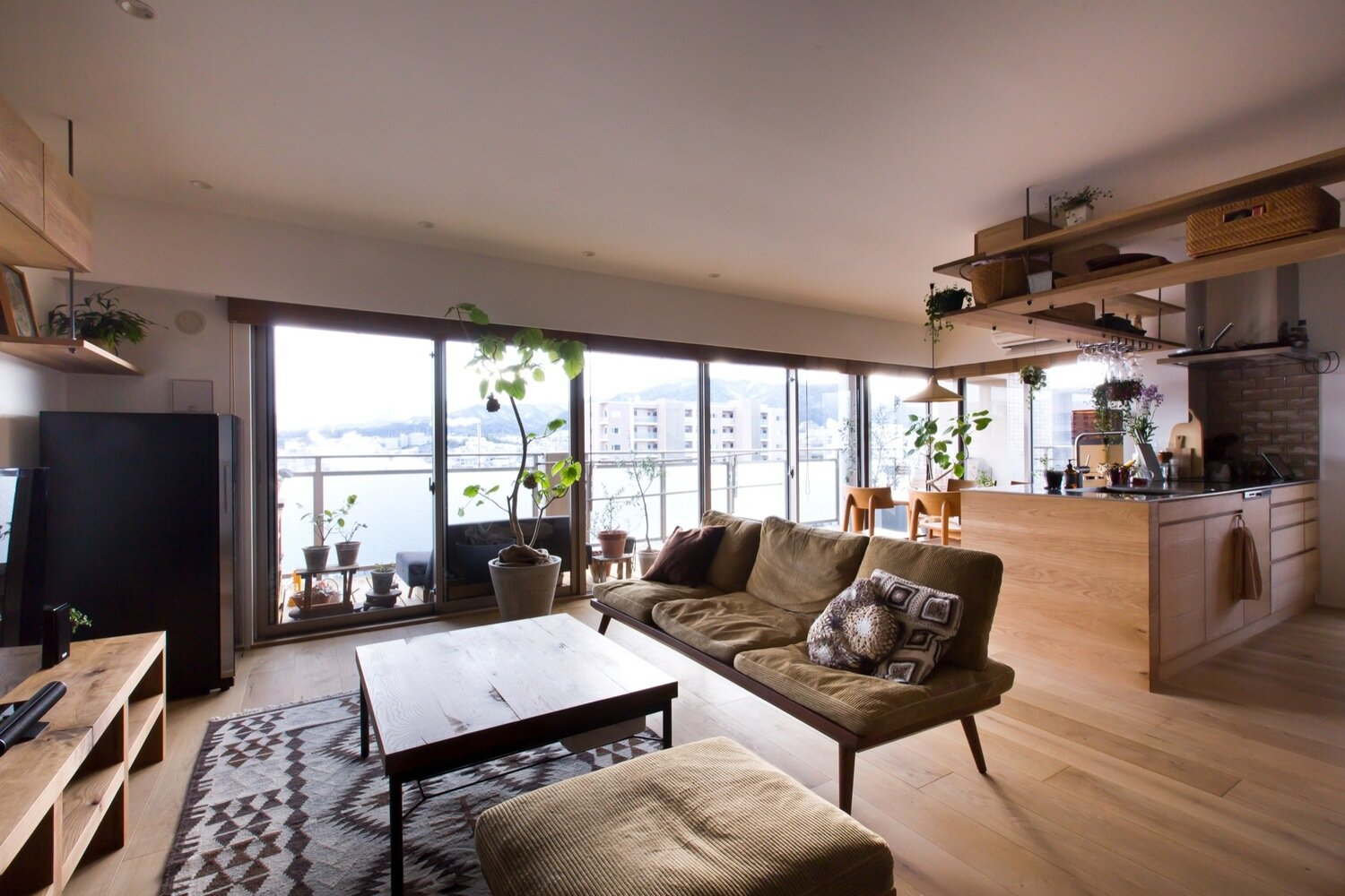 Nionohama Apartment House Renovation - ALTS Design Office - Japan - Living Room 2 - Humble Homes