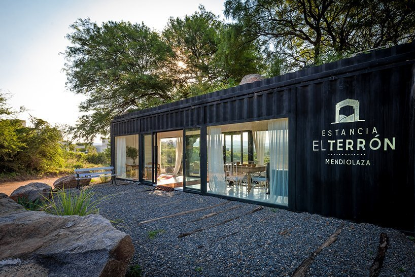 Shipping-Container-Conversion-BAP-Arquitectura-Argentina-Exterior-Humble-Homes
