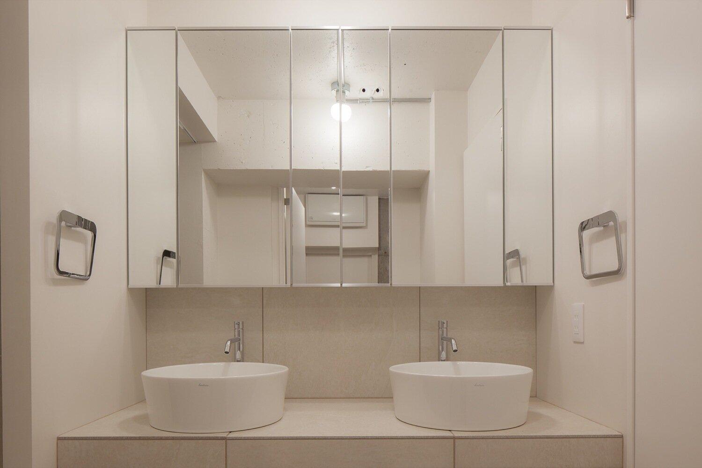 Shibuya Apartment 201 - Hiroyuki Ogawa Architects - Japan - Bathroom 2 - Humble Homes