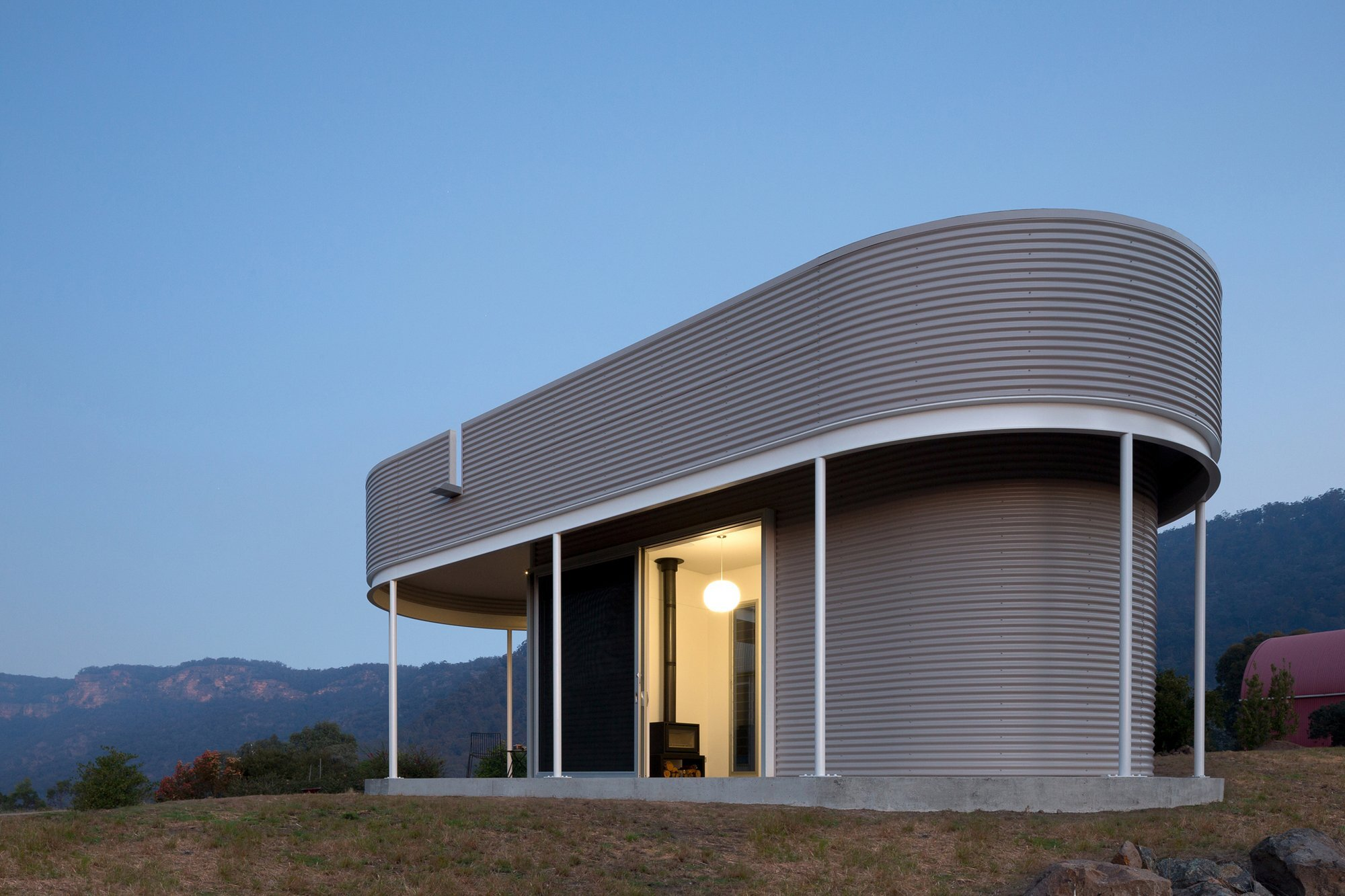 Southern Highlands House - Ben + Penna Architecture - Small Office - Exterior Night - Humble Homes