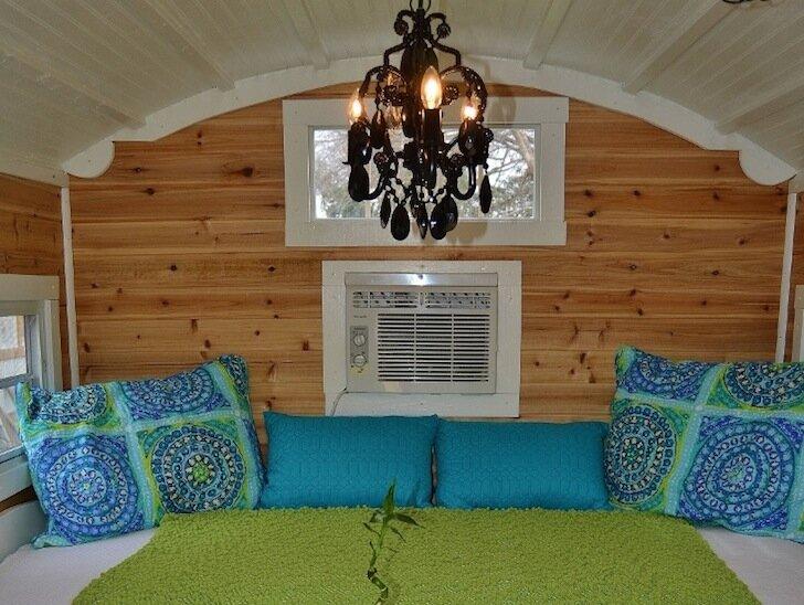 Hobbit Hutch - Writers Studio - Bed - Jim Magnum - Humble Homes