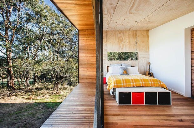 Pump House by Branch Studio Architects - Off-Grid House - Bedroom - Humble Homes
