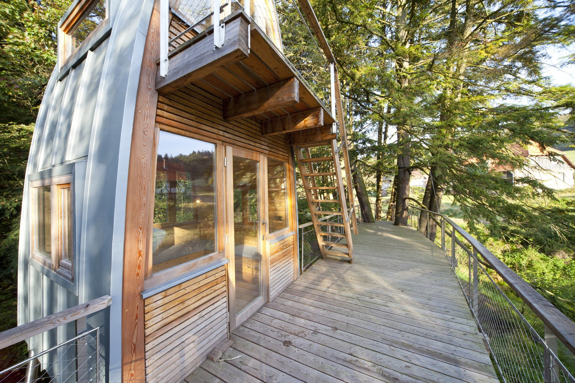 Treehouse Solling by Baumraum - Uslar Germany - Treehouse - Balcony - Humble Homes