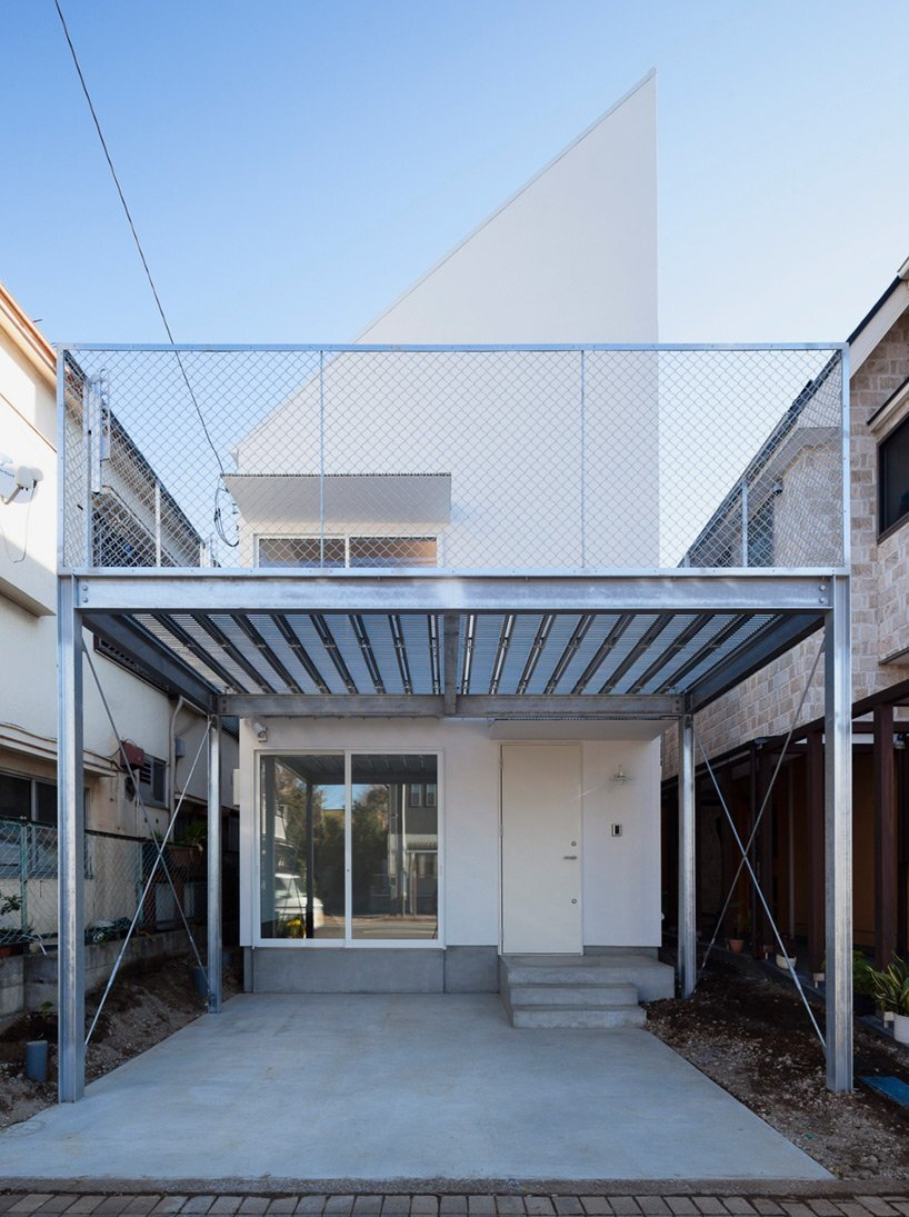 Pointed GEH House By I.R.A.   International Royal Architecture   Tokyo    Japan   Small House
