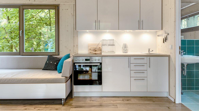 Urban Treehouse Berlin - Baumraum - Germany - Kitchen - Humble Homes