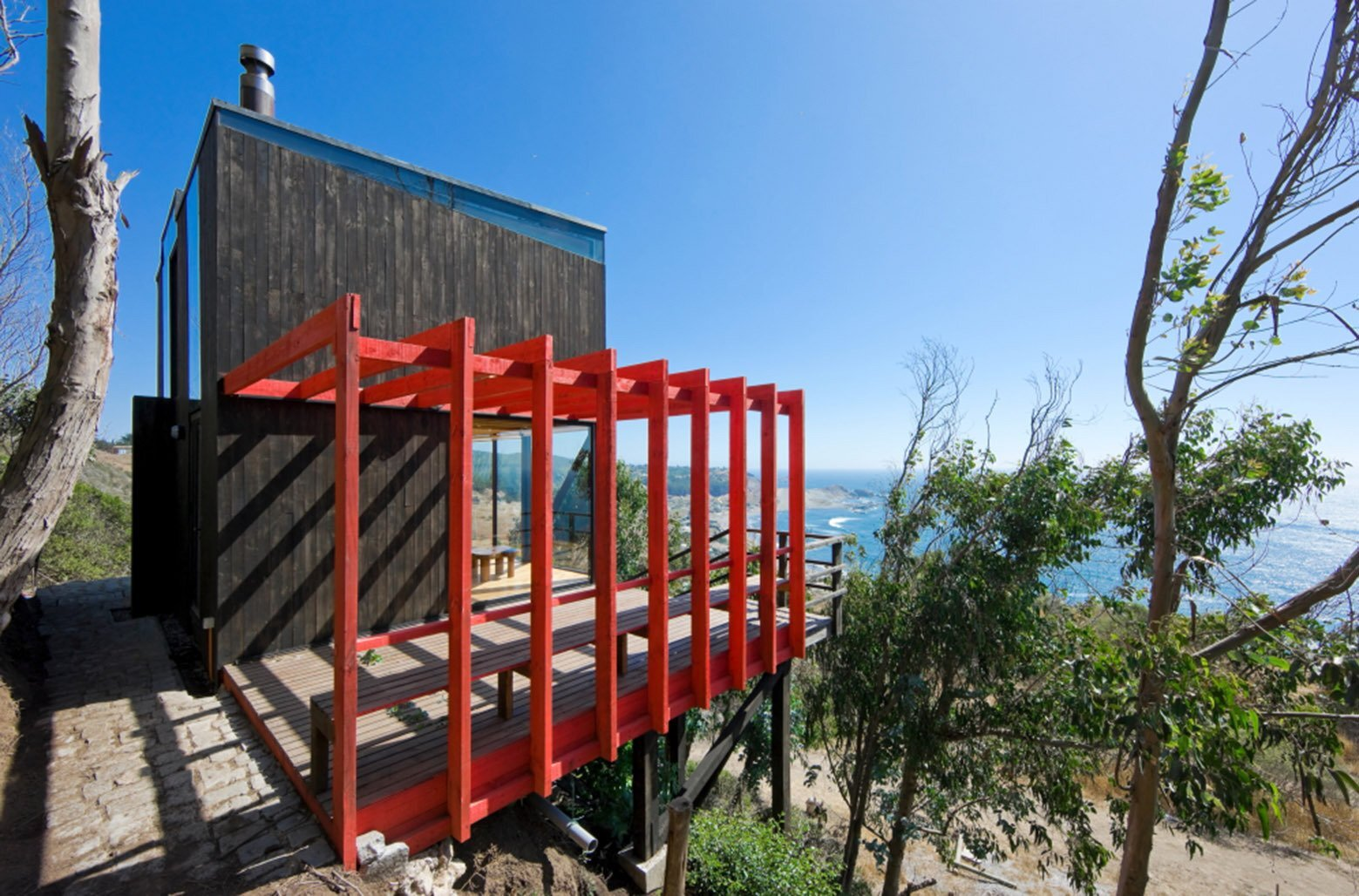 2 Hermanos Cabin - Small Cabin - WMR Arquitectos - Chile - Exterior - Humble Homes
