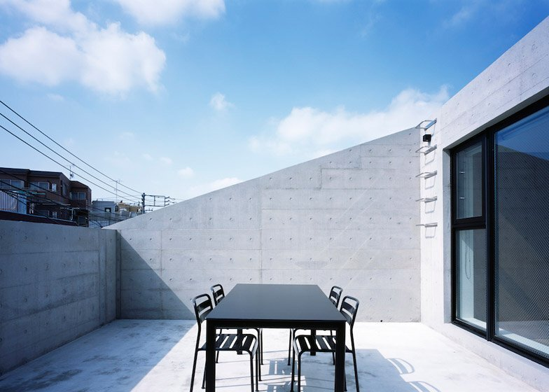 Frame - Small Japanese House - Apollo Architects & Associates - Tokyo - Roof Terrace - Humble Homes