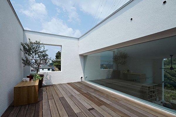 Hiyoshi House - Japanese House - EANA - Japan - Terrace - Humble Homes