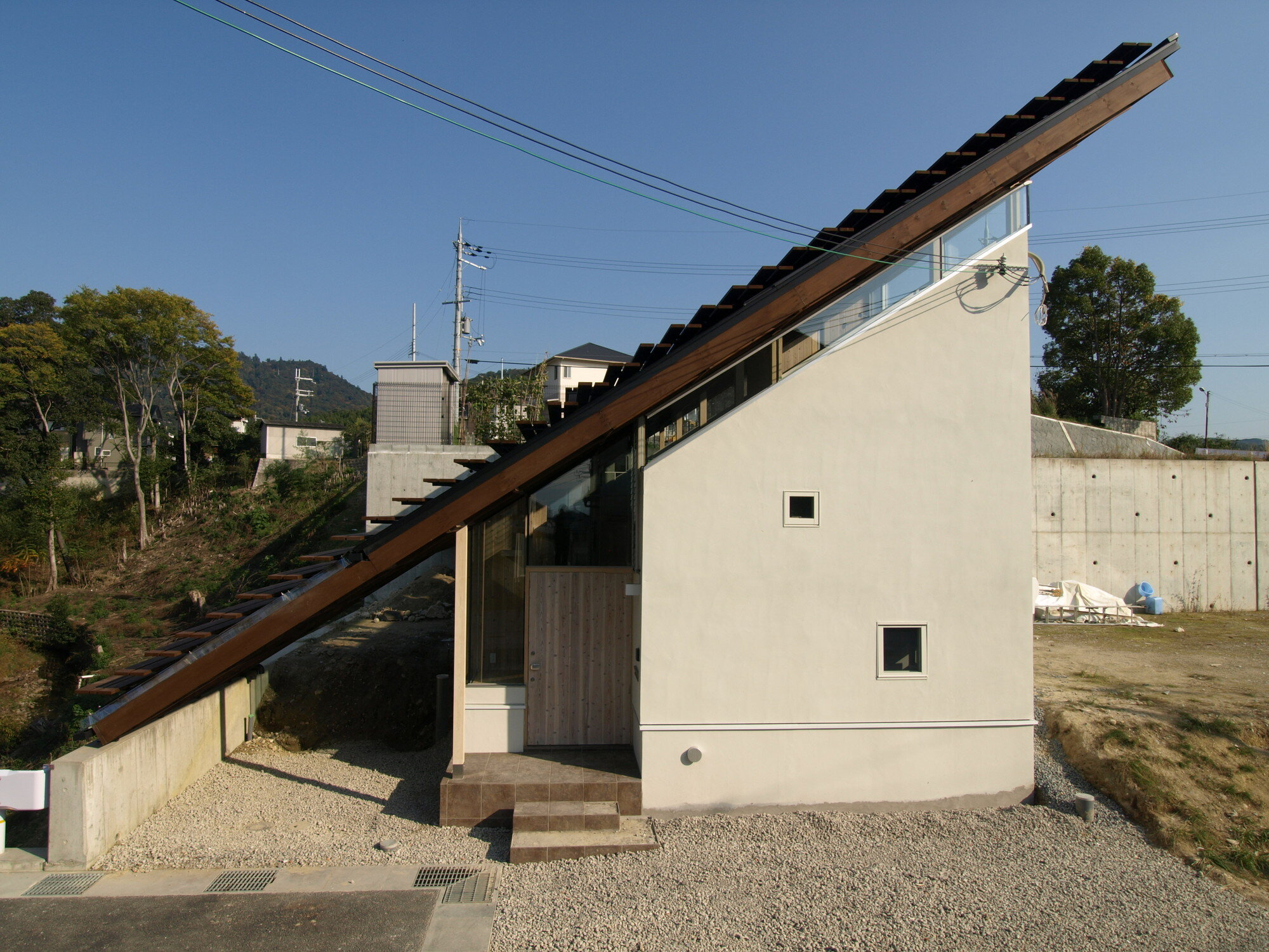 North Garden House - Small House - y+M - Tokushima Japan - Exterior - Humble Homes