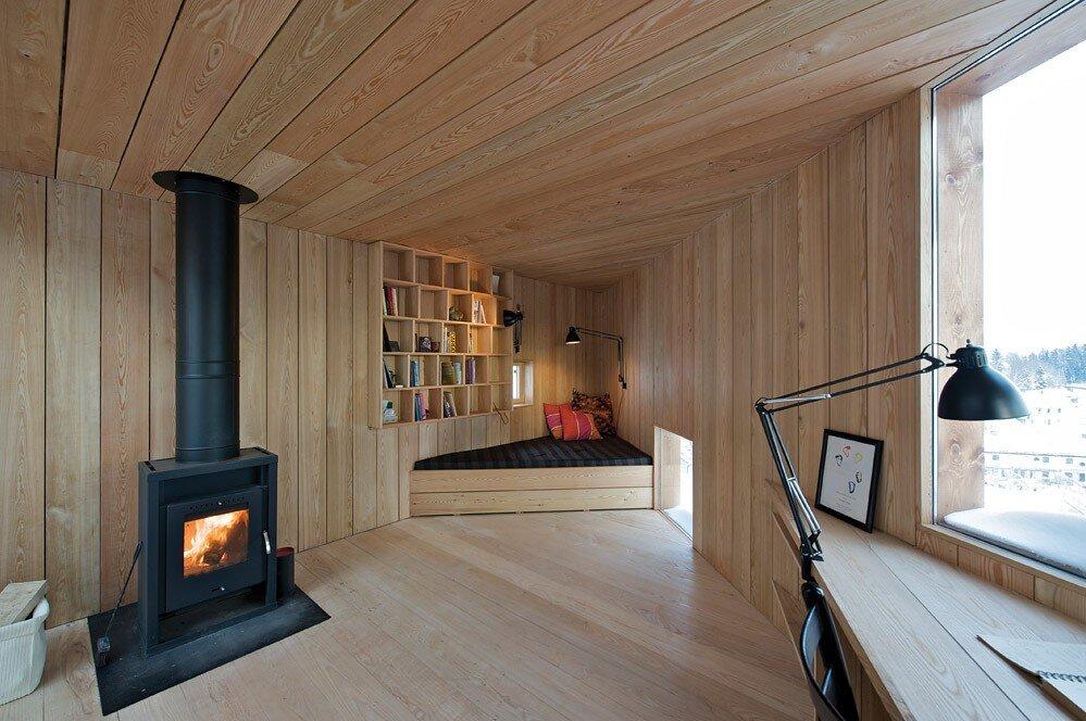 Writers Cabin - Jarmund Vigsnæs Arkitekter - Asker Norway - Living Area - Humble Homes