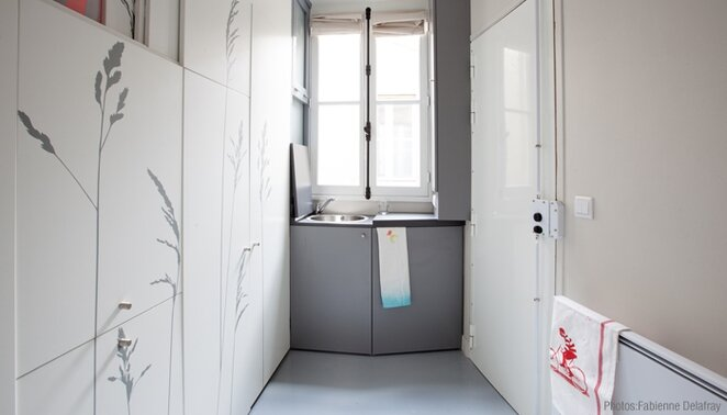 Kitoko Studio - Tiny Apartment - Paris - Kitchen - Humble Homes
