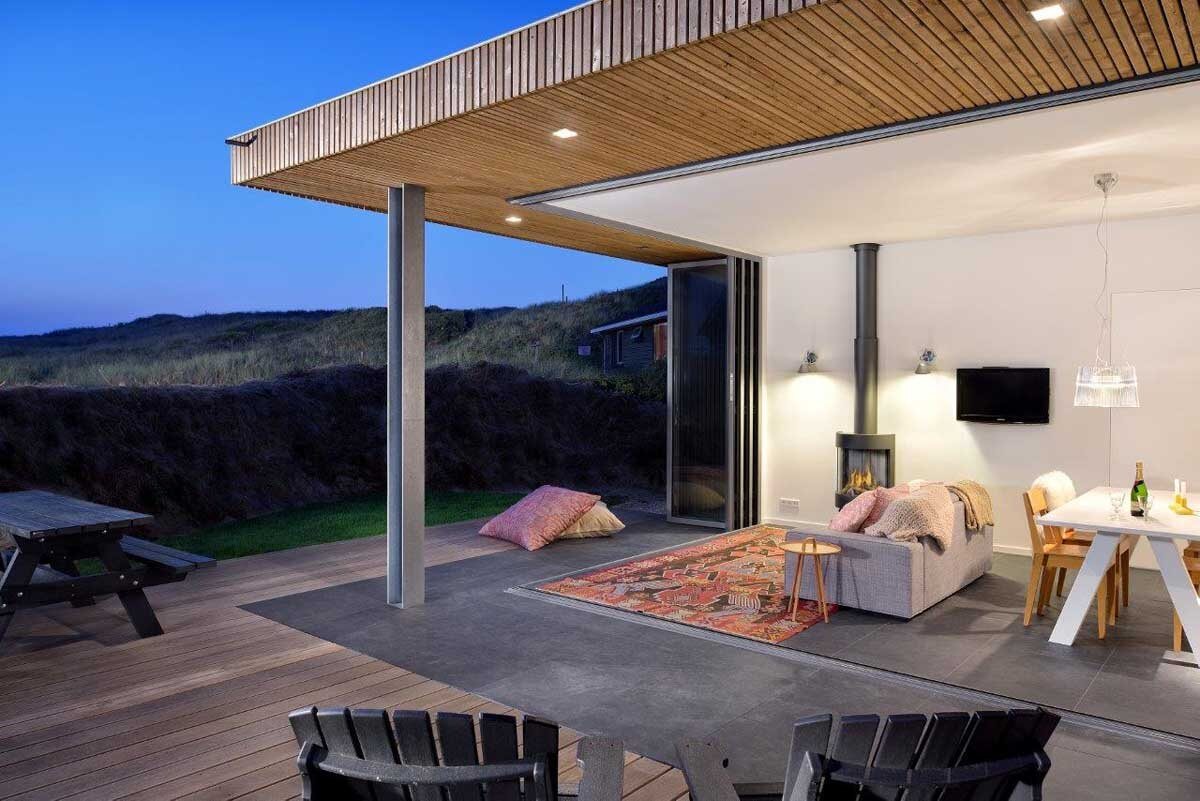 Small Holiday Home - Bloem and Lemstra Architects - The Netherlands - Decking - Humble Homes