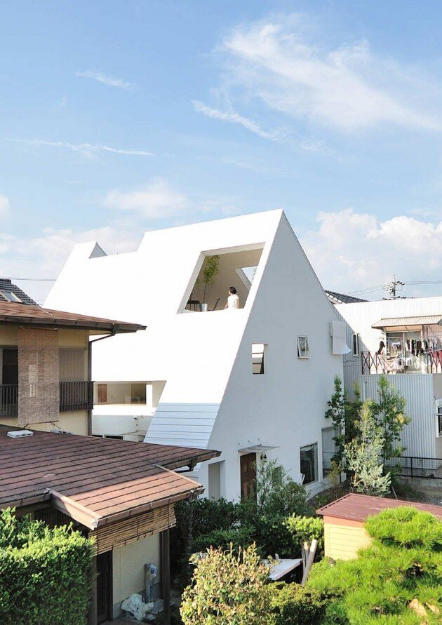 The Montblanc House - Studio Velocity - Japan - Exterior - Humble Homes