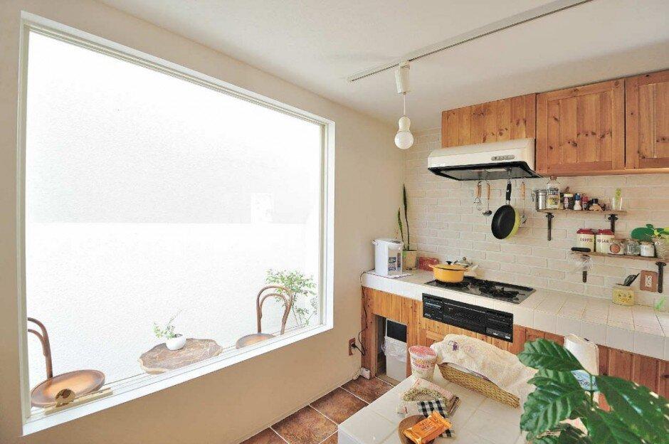 The Montblanc House - Studio Velocity - Japan - Kitchen - Humble Homes