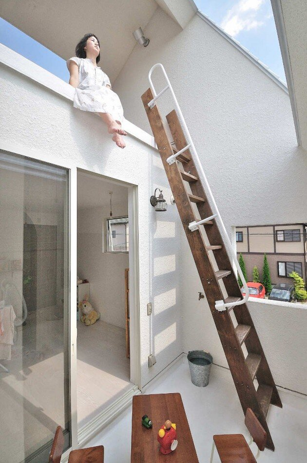 The Montblanc House - Studio Velocity - Japan - Ladders - Humble Homes