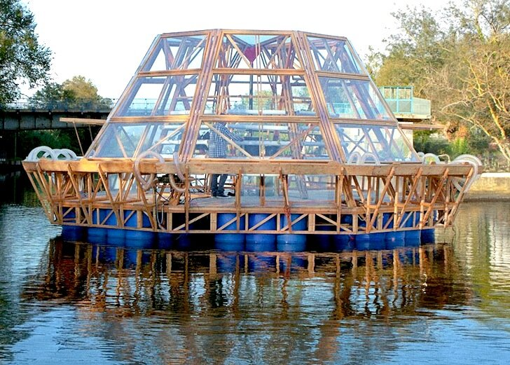 Jellyfish Barge - Studiomobile - Floating Greenhouse - Exterior - Humble Homes