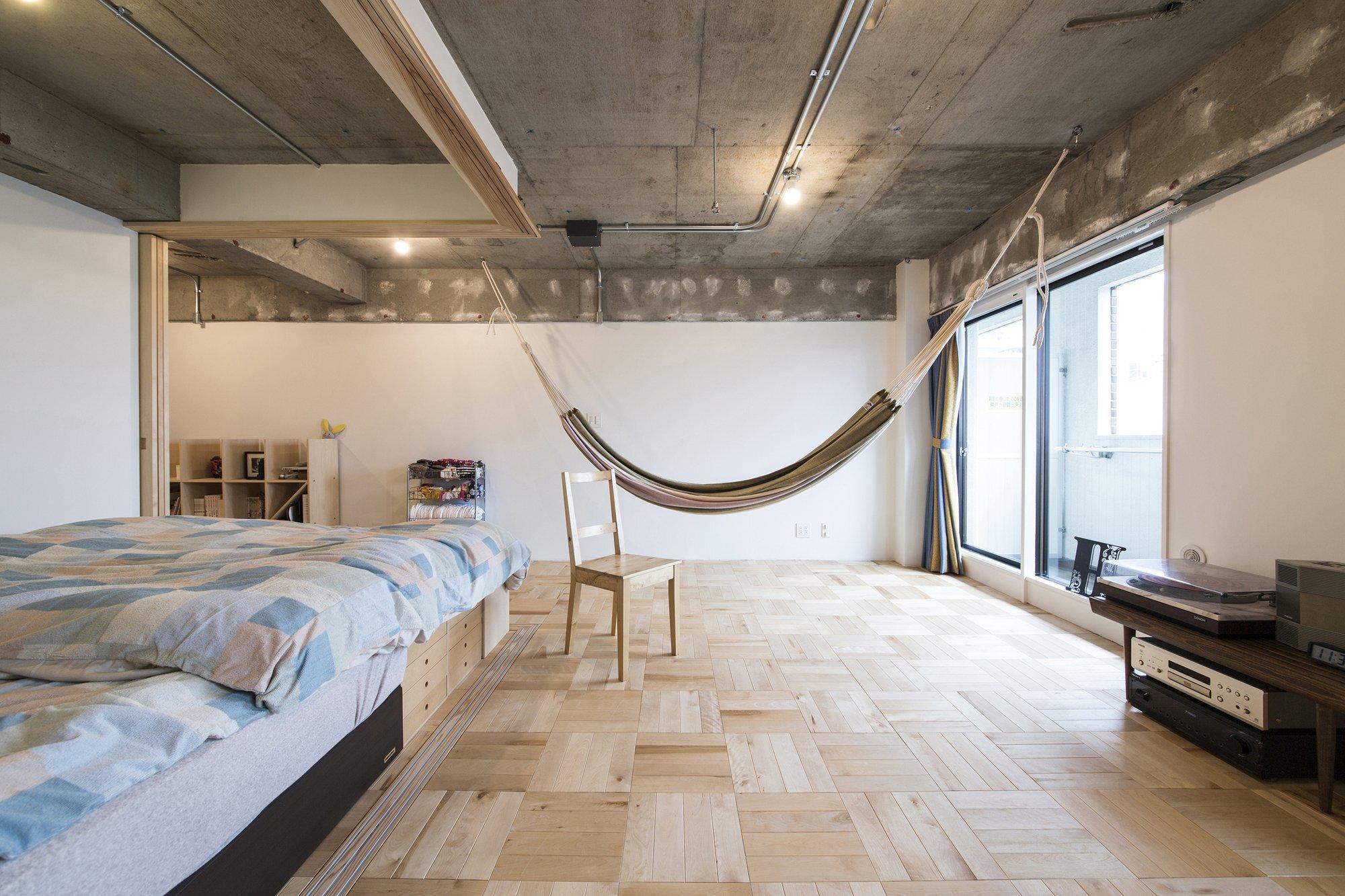 Tsukiji Room H - Yuichi Yoshida & associates - Tokyo - Hammock - Humble Homes