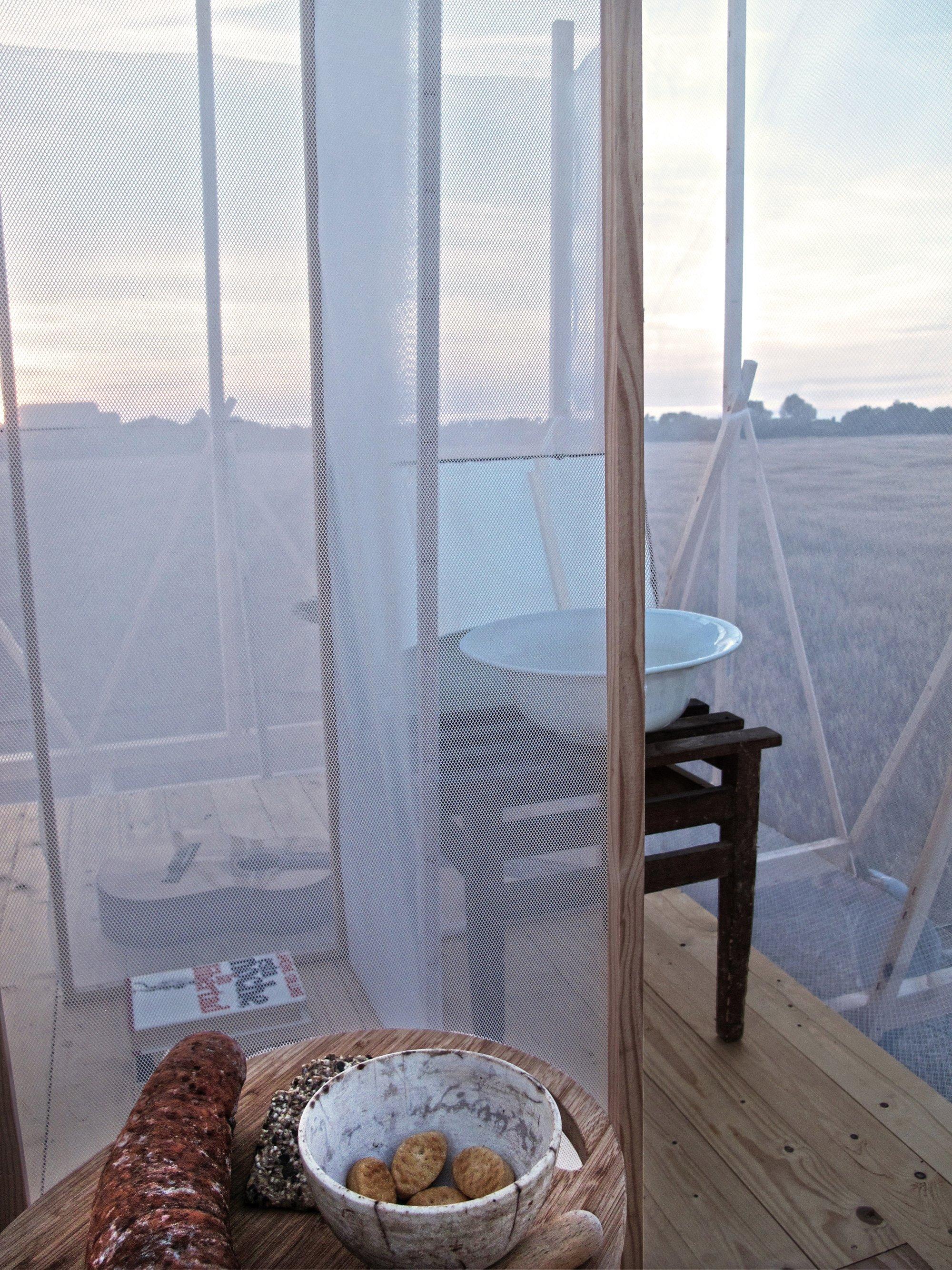 Grooming Retreat - Tiny Retreat - Gartnerfuglen - Spain - Wash Basin - Humble Homes