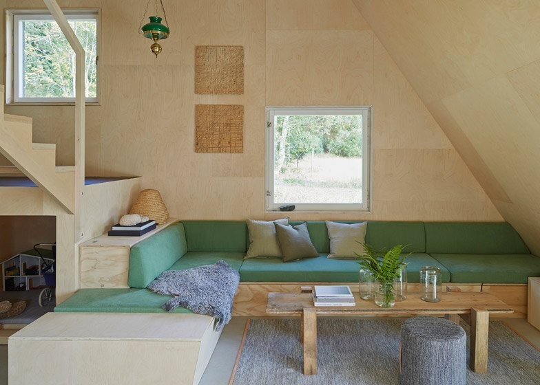Small House - Summer House - Leo Qvarsebo - Sweden - Living Room - Humble Homes