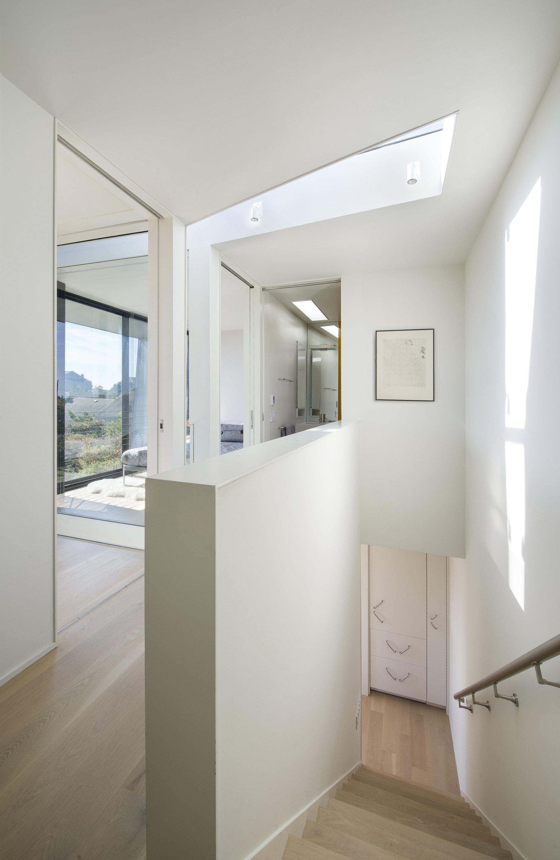 Beach Hampton - Small House - Bates Masi Architects - New York - Staircase - Humble Homes
