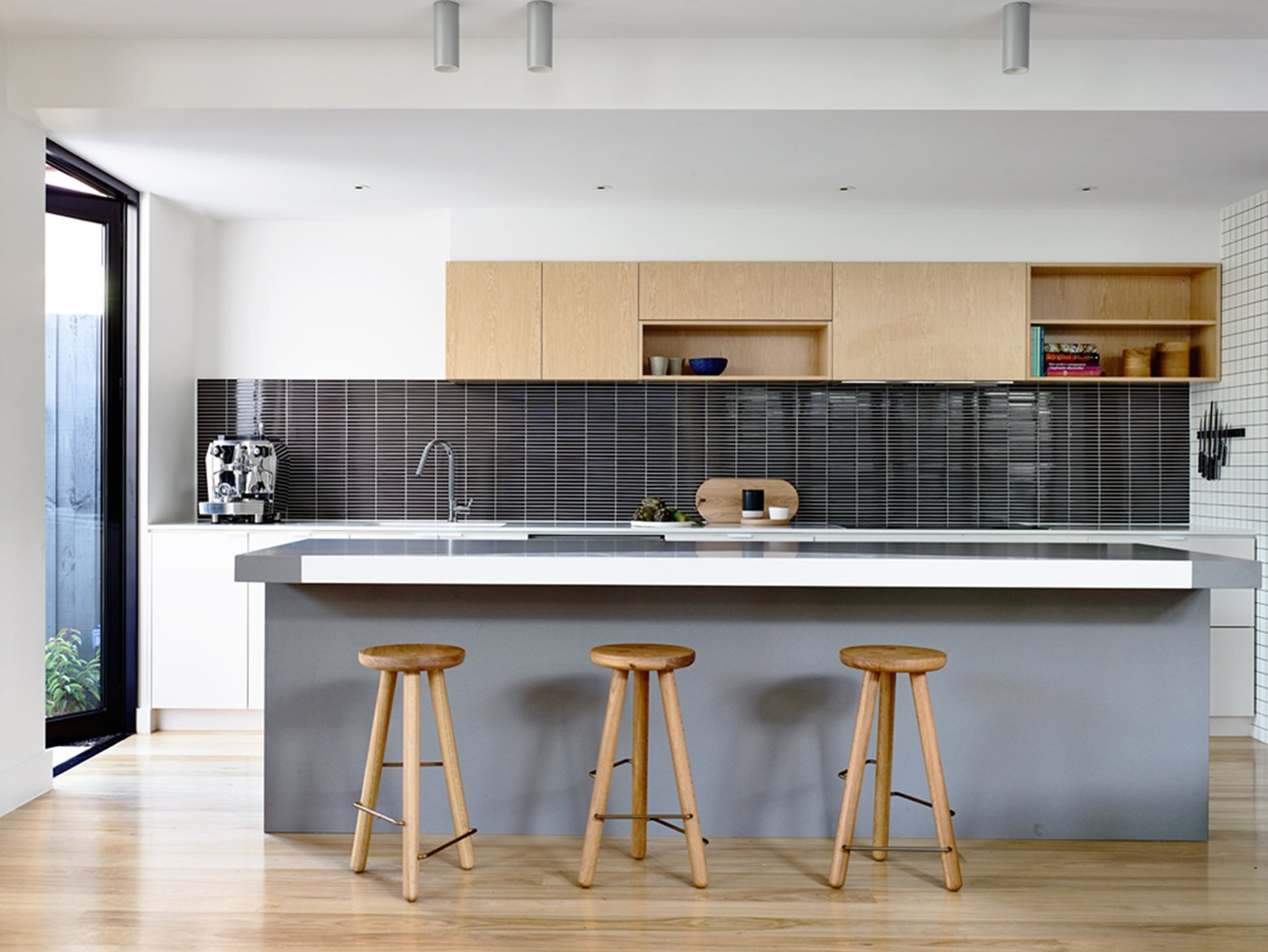 kitchen interior design for small house small australian house gets a modern makeover by techne 907