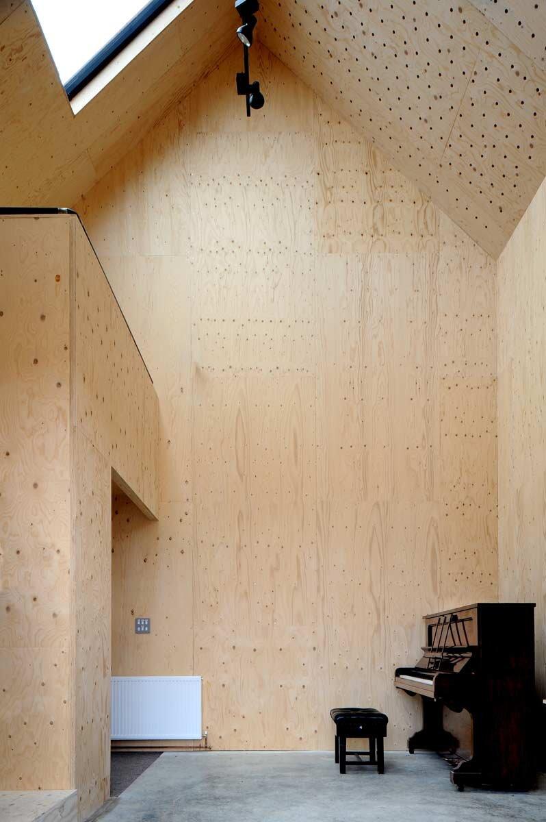 Dovecote Studio - Tiny Retreat - Haworth Tompkins - England - Loft - Humble Homes