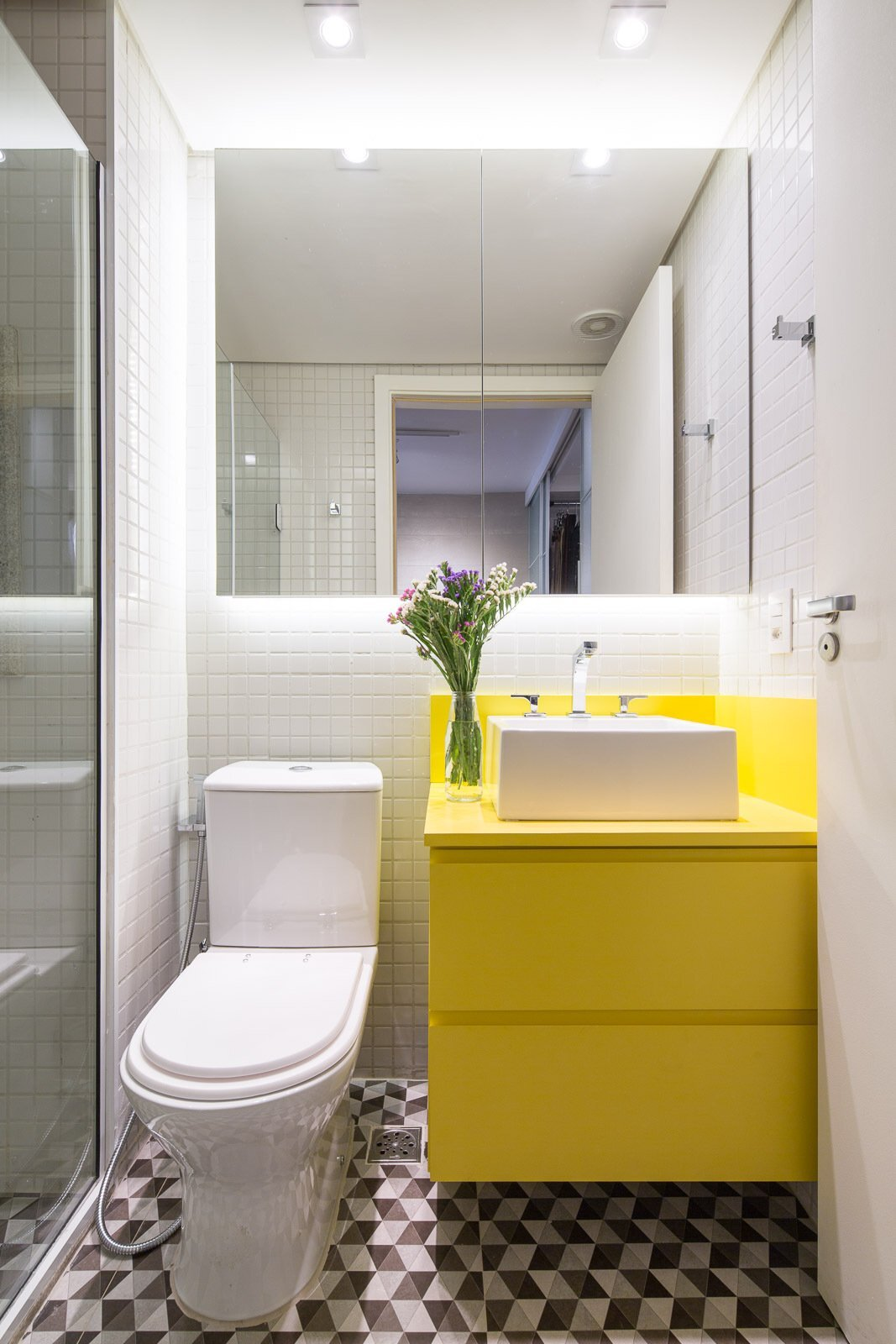 Trama Apartment - Small Apartment - Semerene Arquitetura Interior - Brazil - Bathroom - Humble Homes