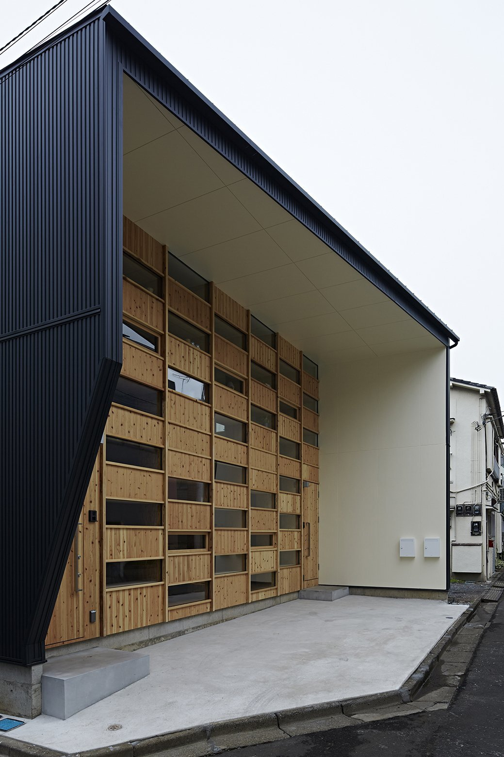 Checkered House - Takeshi Shikauchi Architect Office - Tokyo - Exterior - Humble Homes