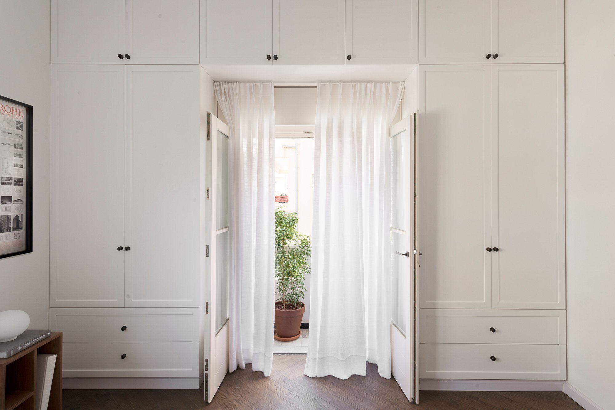 Bauhaus Apartment Redesign - Small Apartment - Studio Raanan Stern Architect - Tel Aviv - Storage - Humble Homes
