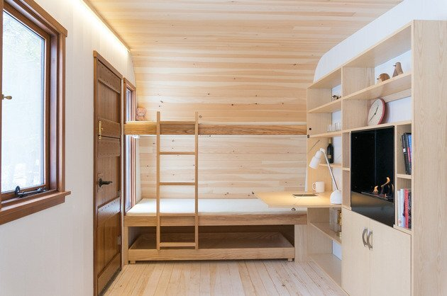 Collingwood Shepherd Hut - Tiny House - Gute - Canada - Bunk Beds - Humble Homes