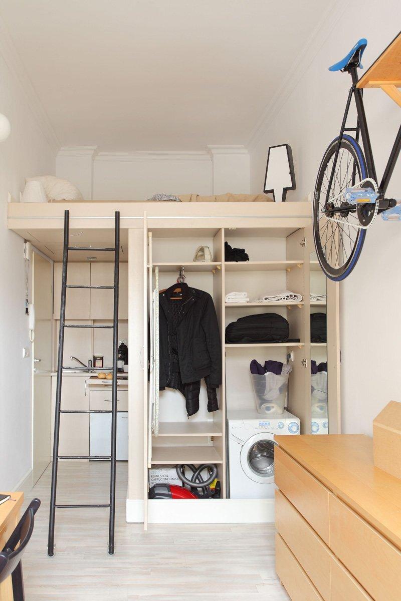 Tiny Apartment by Szymon Hanczar Is Just 139 Square Feet