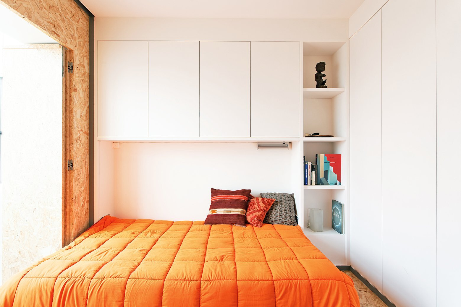 Xadrez apartment small apartment uma collective portugal bedroom 2 humble homes