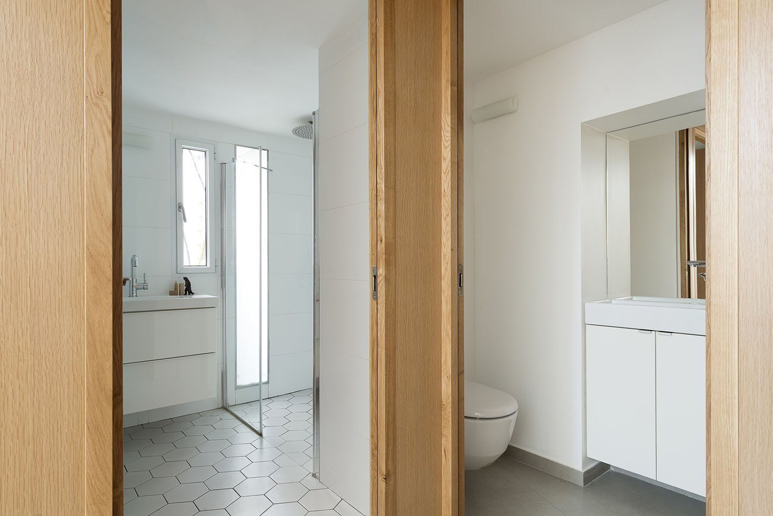 Jaffa Garden Apartment - Itai Palti - Tel Aviv - Bathroom - Humble Homes