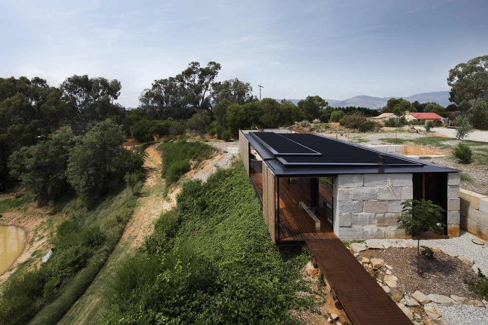 Sawmill House - Archier - Australia - Exterior - Humble Homes