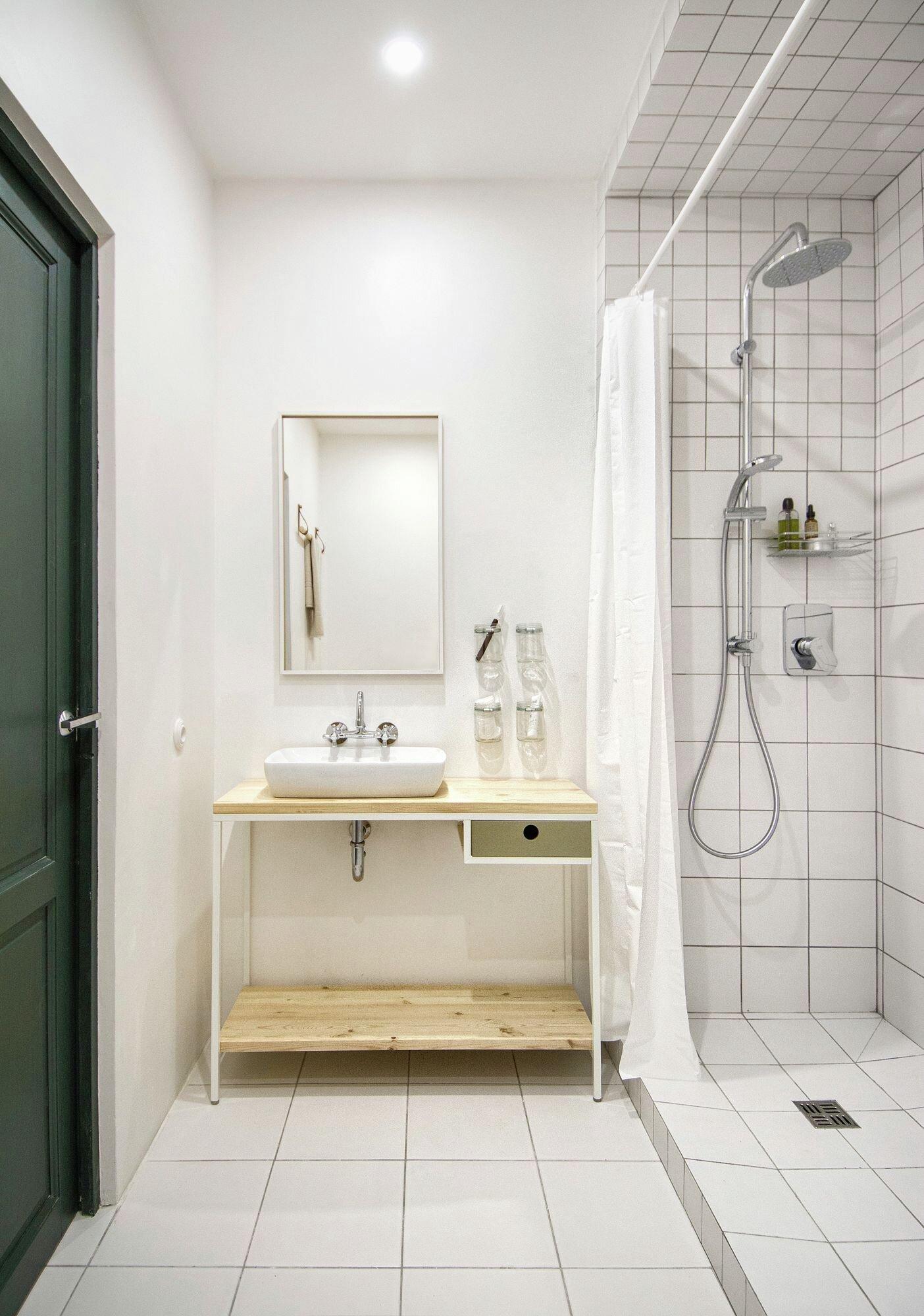 Small Apartment - Interior AK - INT2architecture - Russua - Bathroom - Humble Homes