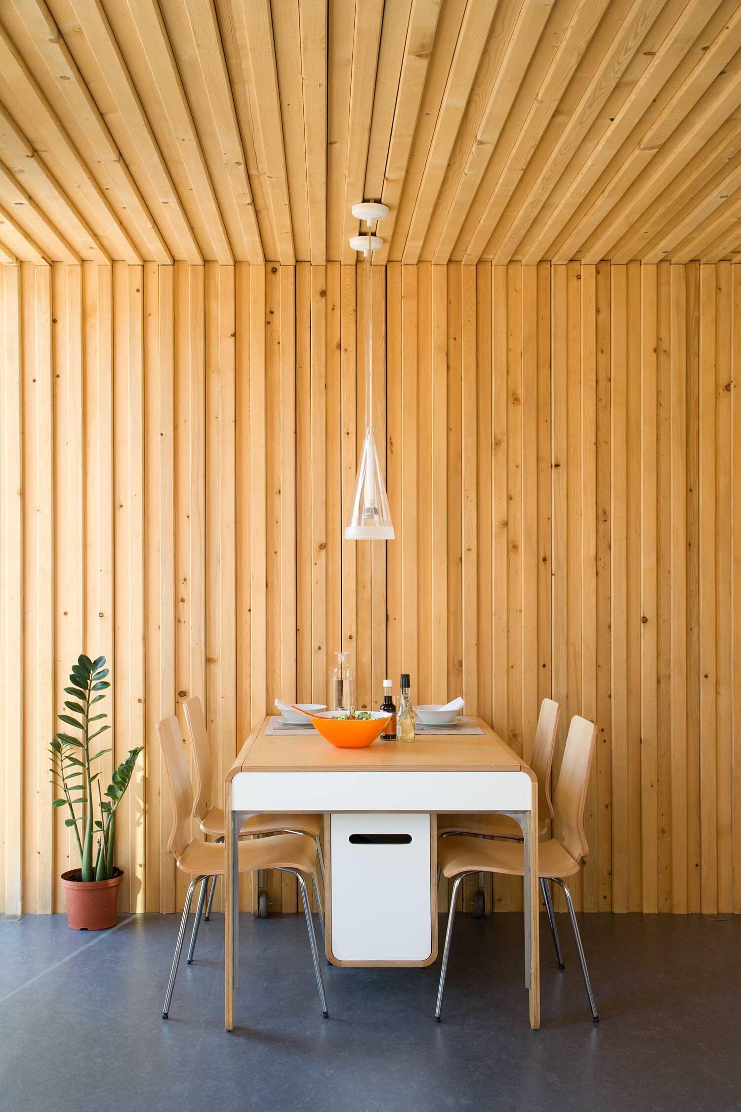 Studio Go - Tiny House - Noem - Barcelona - Dining Area - Humble Homes