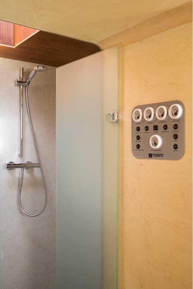 Studio Go - Tiny House - Noem - Barcelona - Shower - Humble Homes