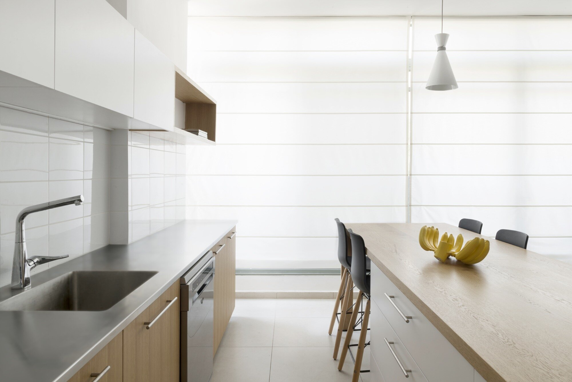 Apartment in Ramat Gan - Itai Palti - Israel - Kitchen Blinds Closed - Humble Homes