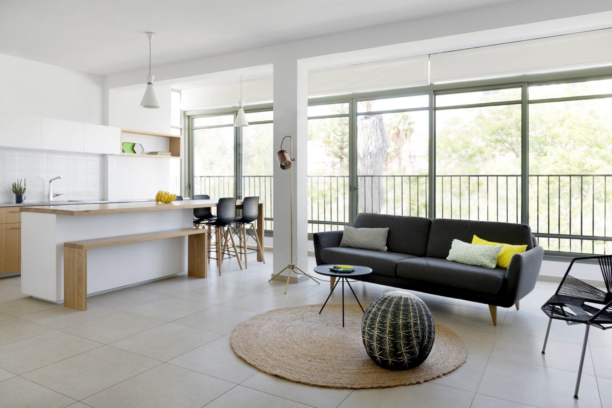 Apartment in Ramat Gan - Itai Palti - Israel - Kitchen and Living Room - Humble Homes