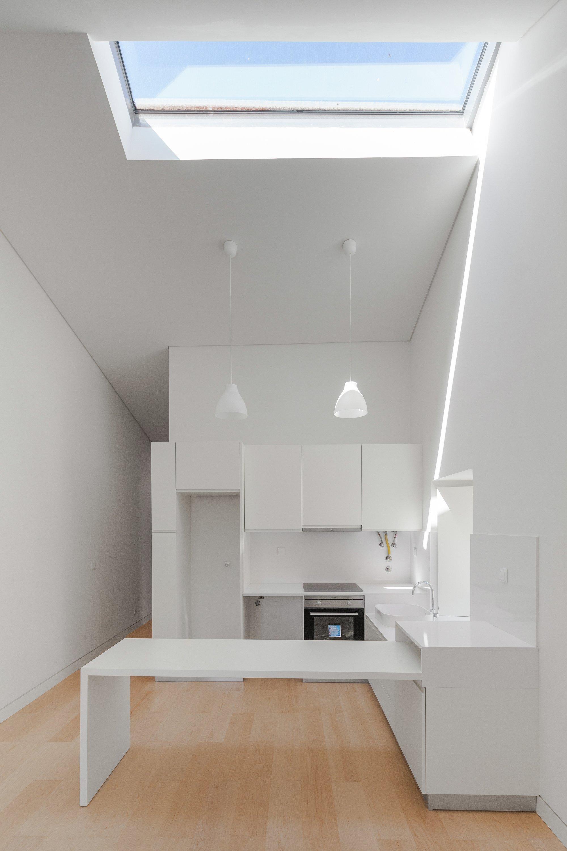 Family House Correnteza 21 - Humberto Conde - Portugal - Dining And Kitchen - Humble Homes