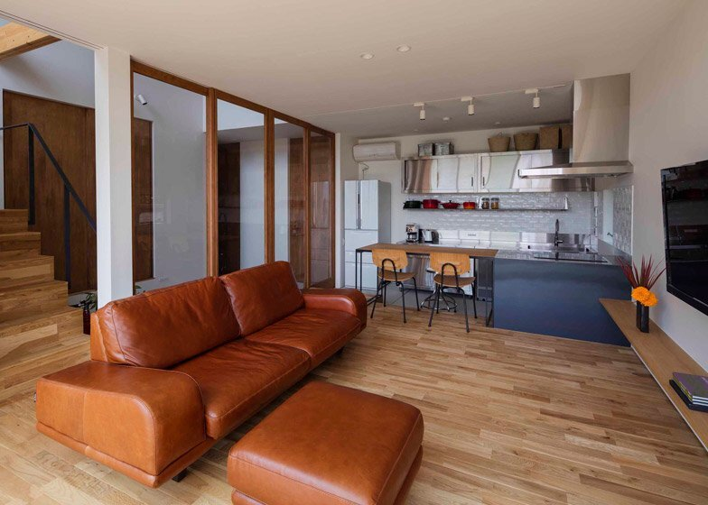 House in Ikoma - Arbol Design Studio - Japan - Living Area - Humble Homes