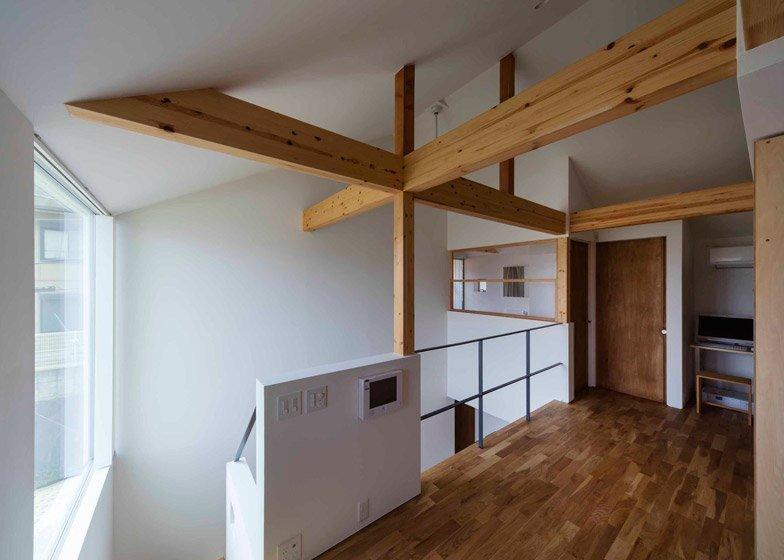 House in Ikoma - Arbol Design Studio - Japan - Loft - Humble Homes