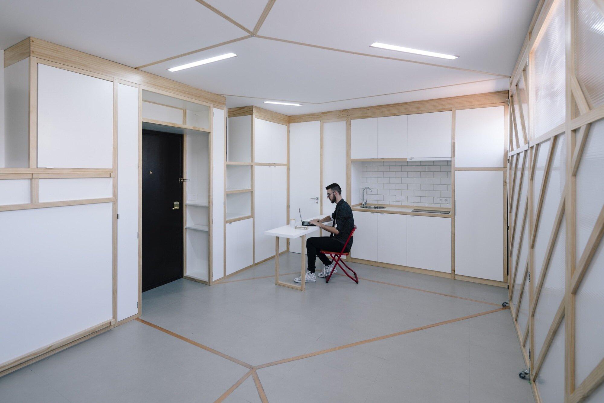 Biombombastic - elii - Spain - Kitchen and Desk - Humble Homes