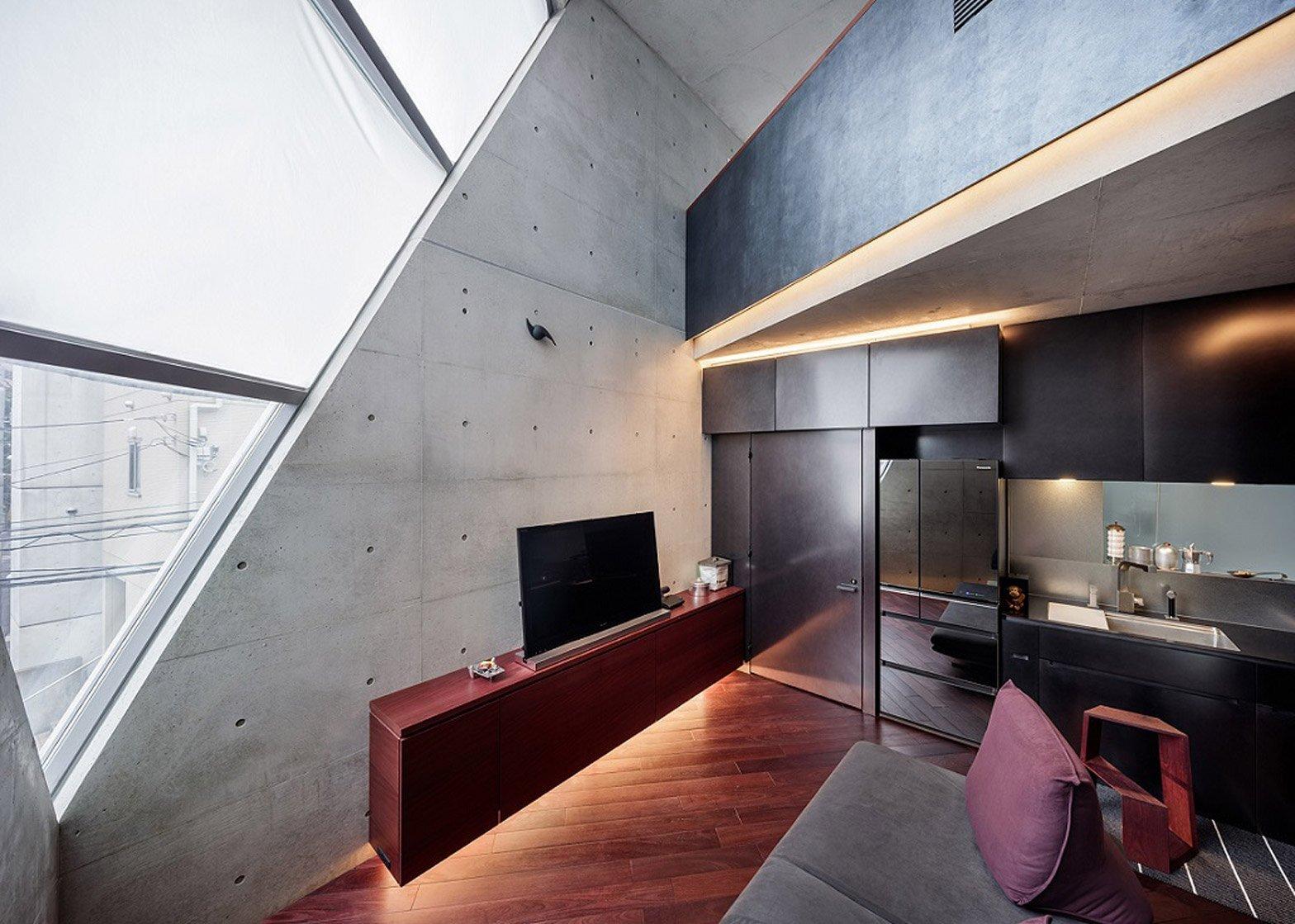 R Torso C - Atelier Tekuto - Tokyo - Living Room - Humble Homes